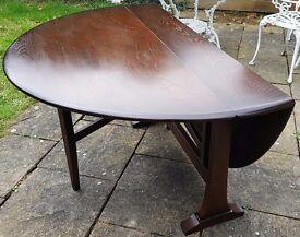 "Stunning oval mid-century Ercol 610 Gate-Leg table - ""Old Colonial"" dark wood range"