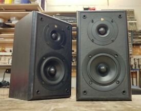 KEF Cresta 1 Bookshelf Speakers