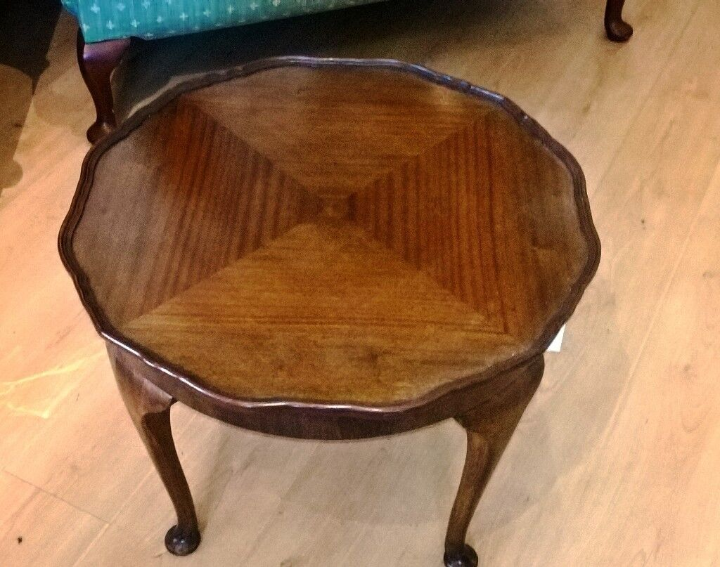 BARGAIN COFFEE TABLE Good Quality Period Style; Round; Queen Anne Legs: Mahogany