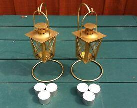 2 x BRASS TEA LIGHT LANTERNS + STANDS INC. 6 x TEALIGHT CANDLES