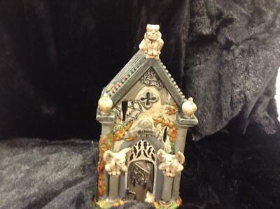 Dept 56 Halloween Village Haunted Crypt #4049320. RETIRED. MINT IN BOX. - Dept 56 Halloween Retired