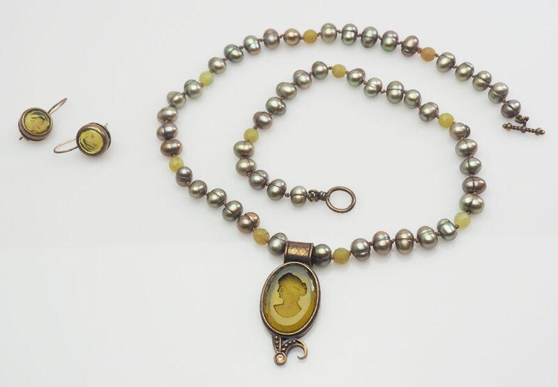 Amazing Extasia designer pearl intaglio necklace and earrings set