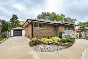 STUNNING, MOVE-IN READY, ALL BRICK BUNGALOW, 1.5 CAR GARAGE!