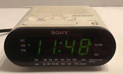 Sony Dream Machine (ICF-C218) FM / AM Alarm Clock Radio White Automatic Time Set