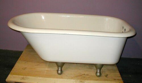 vintage cast iron claw foot bath tub professionally restored