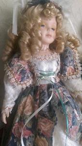 Porcelaine dolls Stratford Kitchener Area image 2
