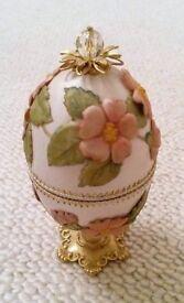 Ivory Crystal Egg Jewellery Trinket Box Bespoke Floral Embellished Ornament Wedding Bride Engagement