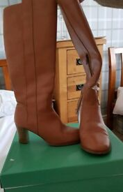 Tan leather boots size 5