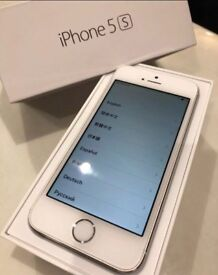 *perfect condition* iPhone 5s 16gb white *LOCKED TO EE, T-MOBILE, ORANGE* *NO OFFERS PLS*