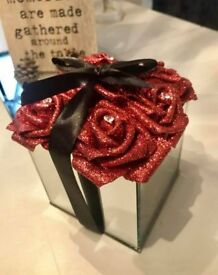 Glitter Rose Square Hatbox