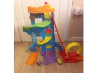 Fisher Price Little People Loops And Swoops Car Garage With 2 Cars