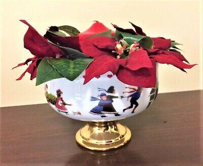 A Teleflora Gift Pedestal Centerpiece Christmas Love 2000 © Charles Wysocki  ()