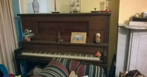 Antique Player Piano, Near NYC, Local Pickup Only, 30+ Rolls, Vintage