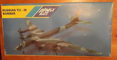 Plasticart 1:100  Russian  Tupolew  Tu-20  Bomber