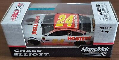 2017 1/64 ACTION RACING #24 Chase Elliott Hooters Car