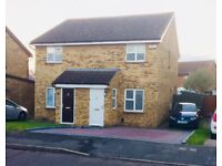Modern 2 Bed Semi-Detached House in Gravesend