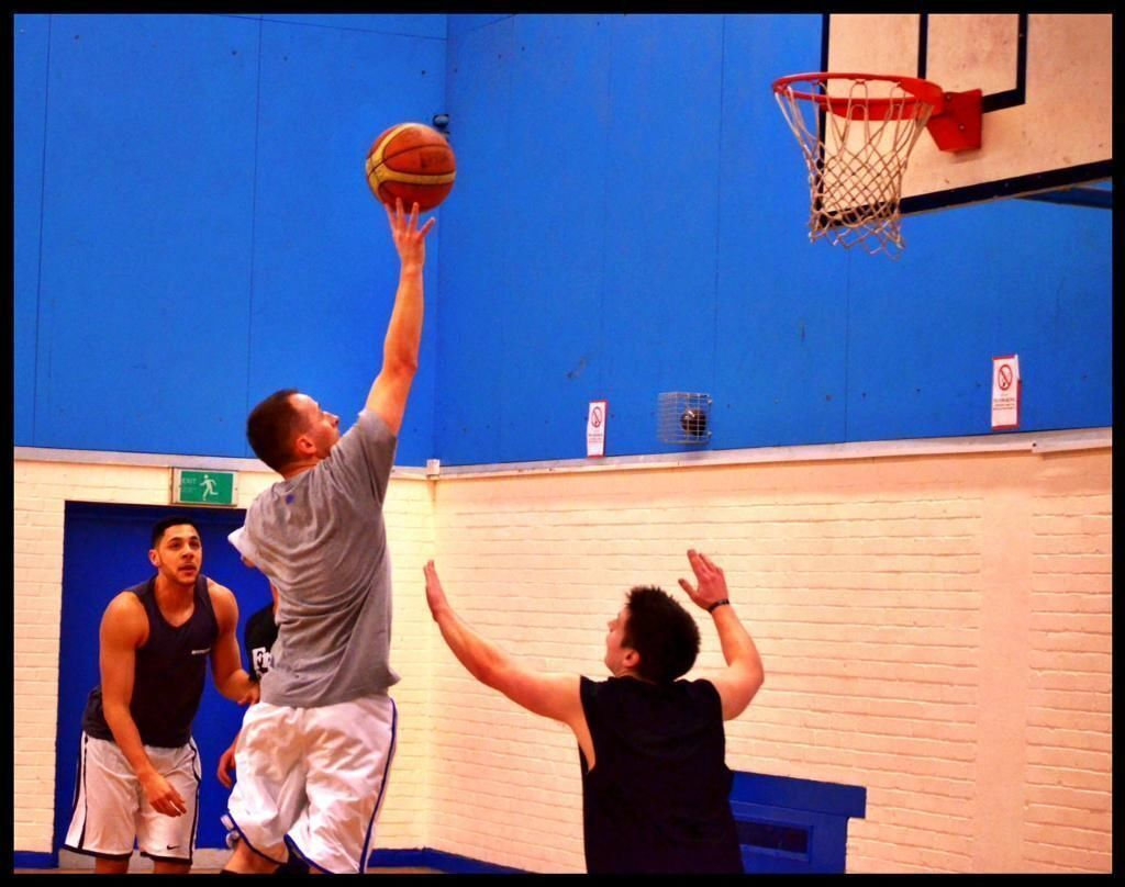 Basketball every Monday at Stratford 7:30pm to 9:30pm