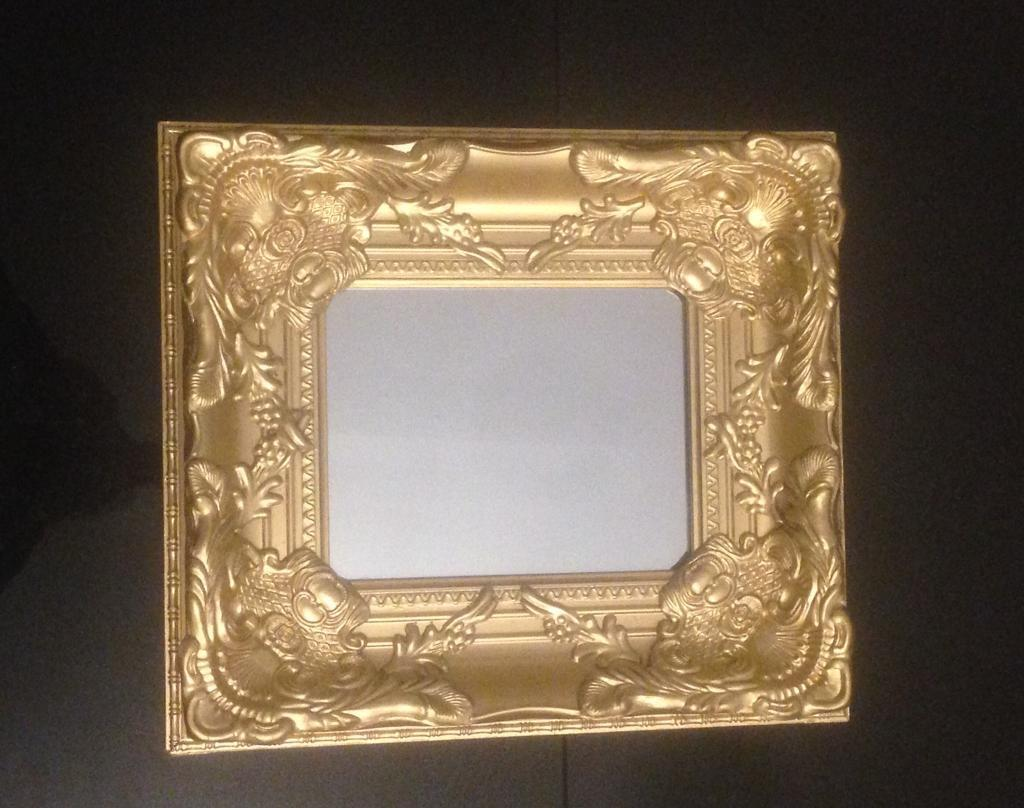 """Beautiful antique gold coloured wood mirror 18""""15"""
