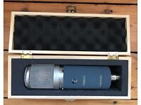 SE Electronics Z5600 ii condenser tube mic in great condition