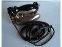 RARE OLD & COLLECTABLE RETRO VINTAGE XCEL 'British Made' ELECTRIC IRON