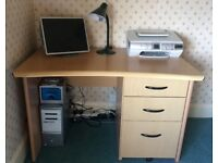 Light Oak Effect Office Desk in excellent condition. Buyer to collect. Cash only.