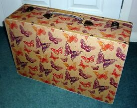 Medium Brand New Fabric Lined Wooden Hard Case for Sale