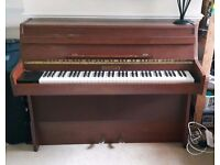 Bentley electric piano EP6, well used but in pretty good condition.