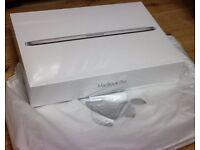 Apple MacBook Pro Retina Display 15.4inc MJLT2B/A, i7, 512GB,apple Warranty