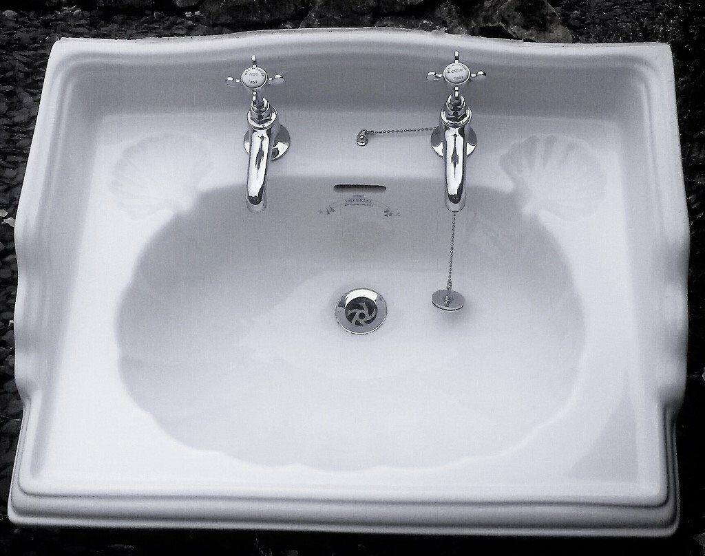 Ceramic Sink Imperial bathroom Company Oblong Classic Ornate Incl. Chrome Taps/Pipe Fittings Shown