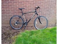 """SPECIALIZED,Mountain Bike, 21""""Alloy Frame, 26"""" Alloy Wheels, 21 gears, fr/ suspension, SERVICED."""