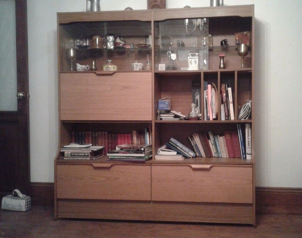 FREE - Double lounge/dining room unit
