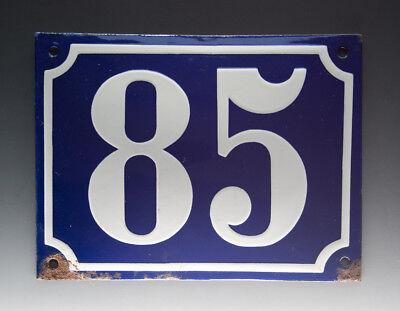 EMAILLE, EMAIL-HAUSNUMMER 85 in BLAU/WEISS um 1955