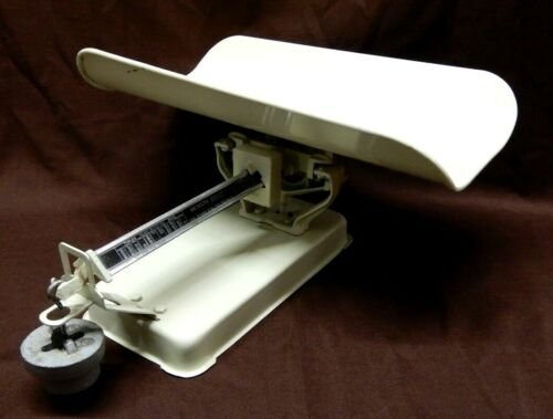 VINTAGE DETECTO MODEL NUMBER 20B5A (30LBS) BABY BEAM-BALANCE SCALE ~ MADE IN USA