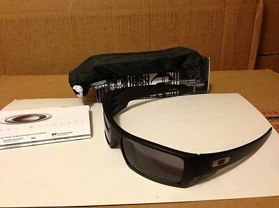 NEW Oakley Gascan Sunglasses Matte Black / Grey Lens, 03-473