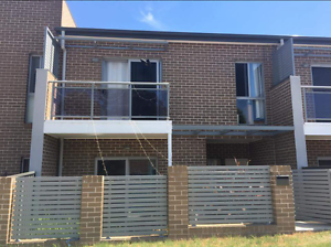 Room (with a view) for rent in a quiet female townhouse Glenmore Park Penrith Area Preview
