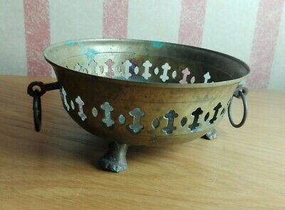 Small Vintage Brass Footed Planter / Dish / Bowl with Ring Handles ID0364