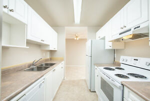 *INCENTIVES* 1 Bd w/ Balcony in Adult Bldg ~ Town of Stony Plain