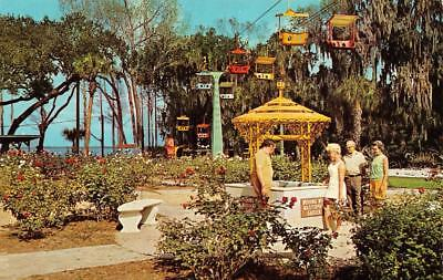 LAKE WALES, FL Florida  MASTERPIECE GARDENS Guests~Wishing Well  Chrome Postcard