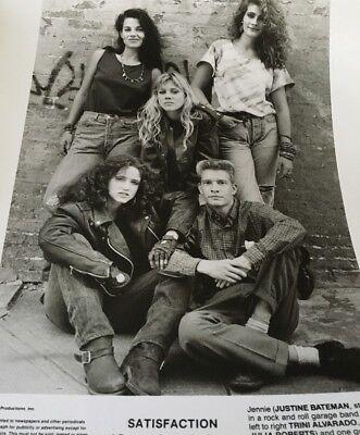 Press Photo  Satisfaction  Julia Roberts Justine Bateman 1988 Movie 8 X 10