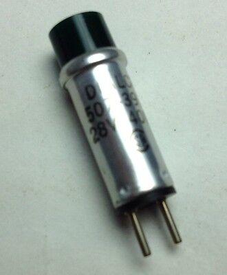 Pkg of 2 .. DIALCO Green Indicator Lamp 507-3917  28V 40mA