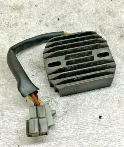 Suzuki GS500E GS500 1996 Regulator Rectifier 4081T118