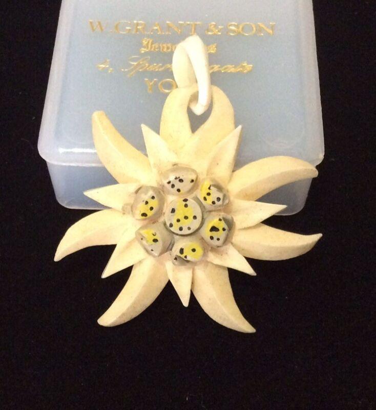 Antique Vintage Jewellery Carved Bovine Bone Edelweiss Flower Pendant