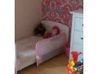 Lindam Pink bed guard