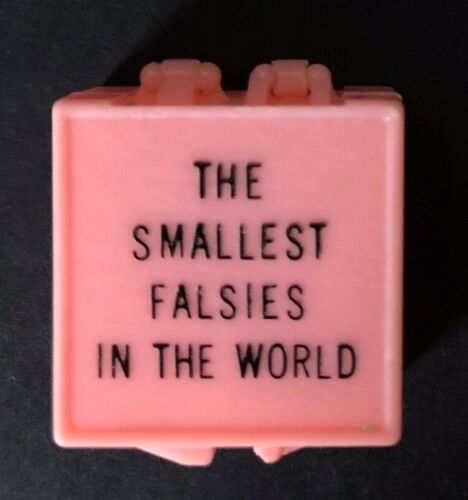 Vtg Plastic SMALLEST FALSIES IN THE WORLD Mini DENTURE DENTIST GIFT BOX Gag Joke