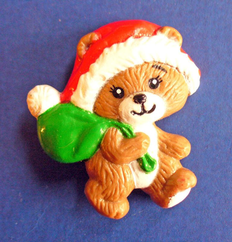 Russ PIN Christmas Vintage BEAR Green TOY SACK Santa Hat Holiday Brooch