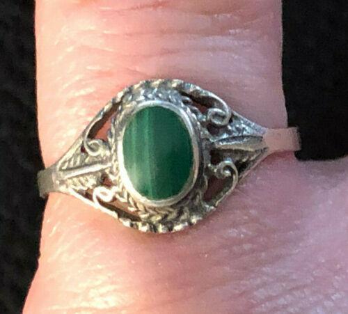 VTG Sterling Silver Ring Malachite Southwest Native Boho Sz 5.75 1g 925 #1231