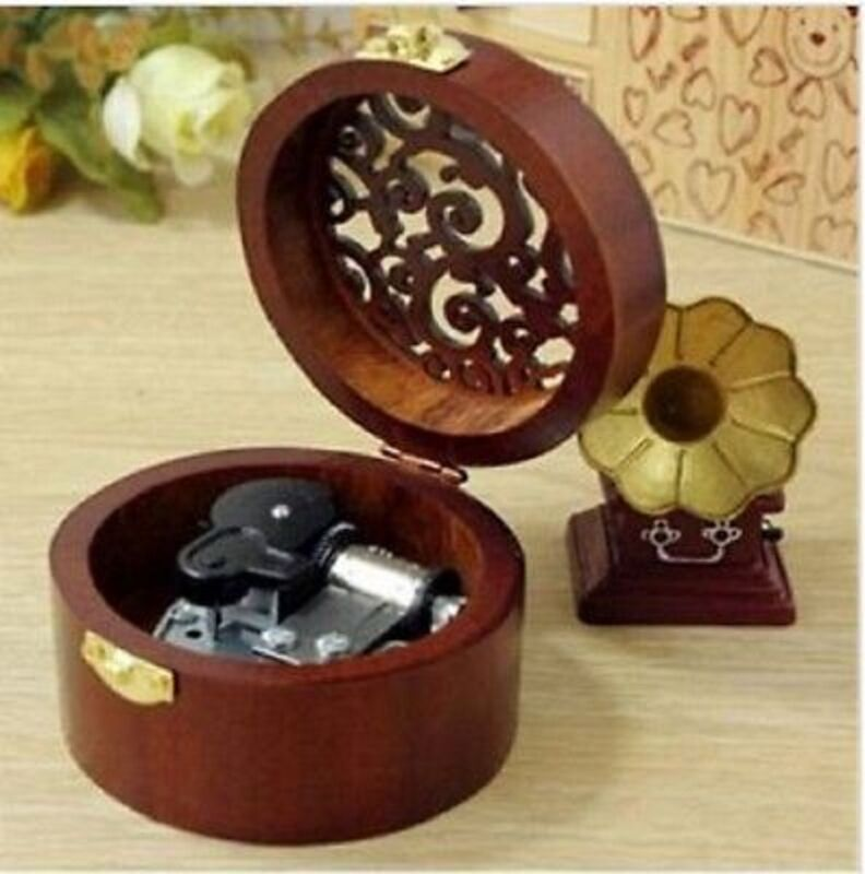 ♫  EDELWEISS ♫ Circle Carving Wooden Wind Up Music Box