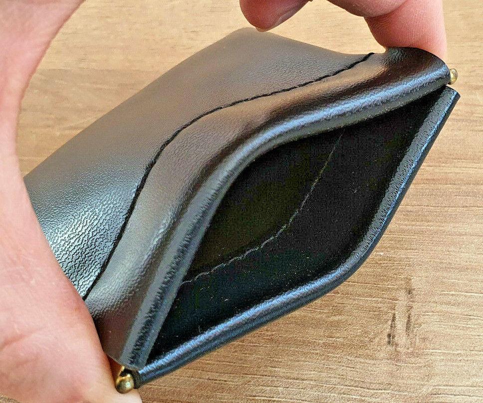 Petit porte monnaie noir clic-clac fermoir à ressort en métal neuf