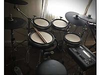 Yamaha DTX-900 Electronic Drum Kit