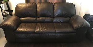 Matching Leather Couch and Arm Chair Set